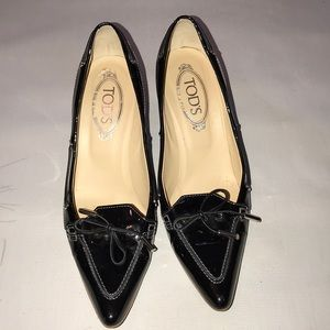 Tod's pointed toe pumps lower heel
